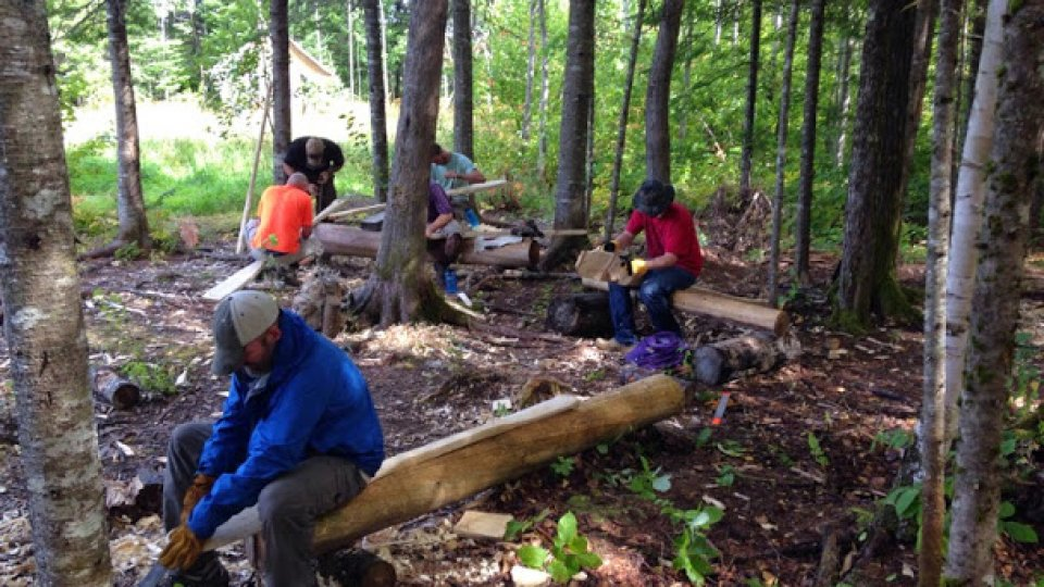 Making paddles at the field school: 28th JMBS semester course is underway