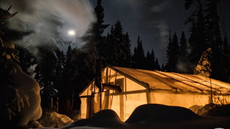 Wall tent on a clear night in Quebec. Shot by Nick Gallop. Check out more of his pics at Nick Gallop Photography – Chasing The Wild Side