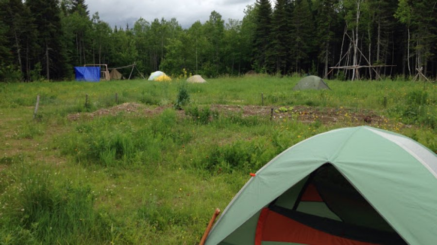 Woodsman course, tents in the field