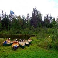 canoes.jpgimgmax608